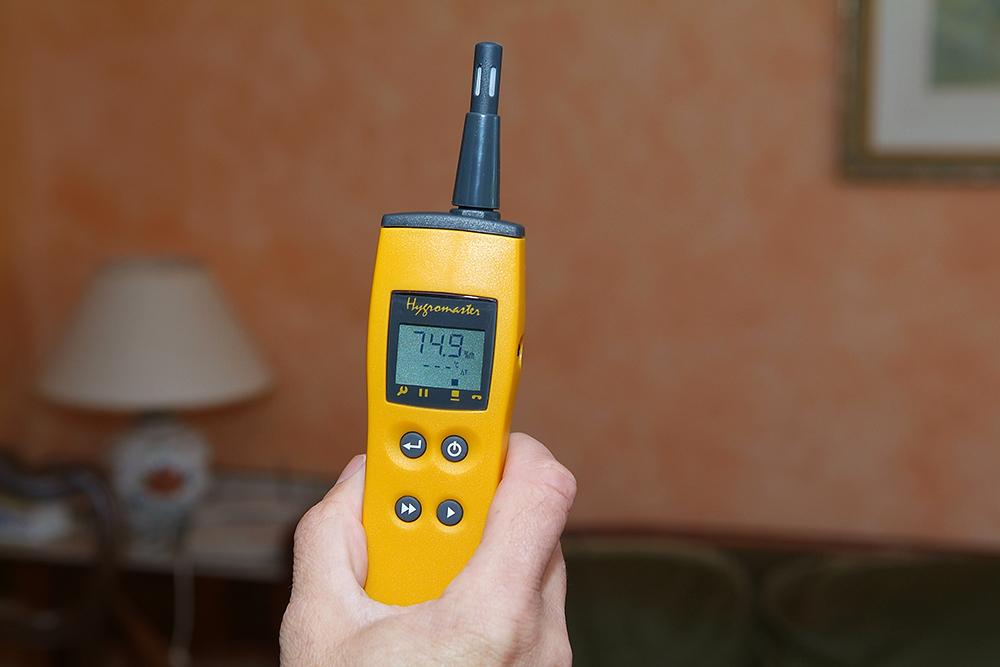 Appareil de diagnostic humidité professionnel.