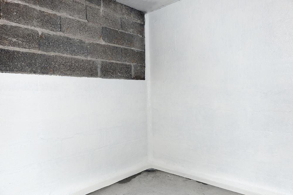 Réalisation de l'étancheite d'un mur enterré.